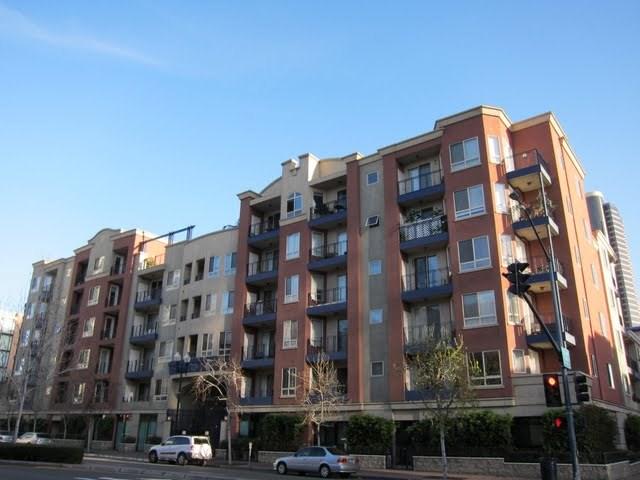 235-market-condos-downtown-san-diego-92101-4