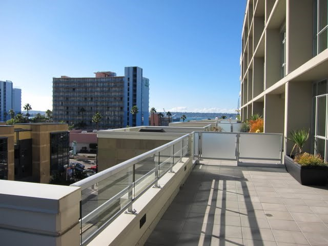 breeza-condos-downtown-san-diego-92101-1