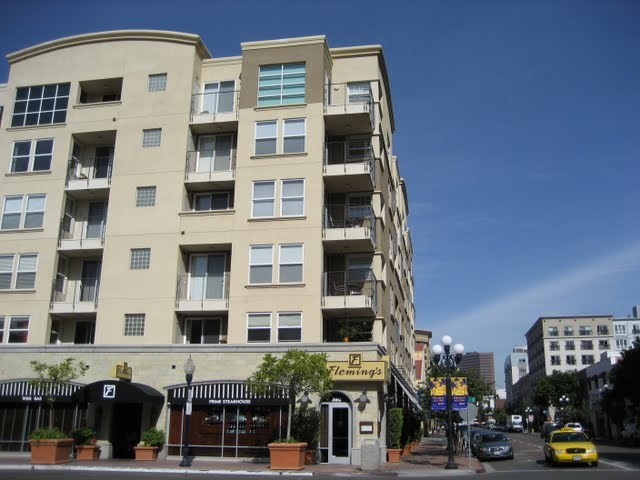 crown-bay-condos-downtown-san-diego-92101-14