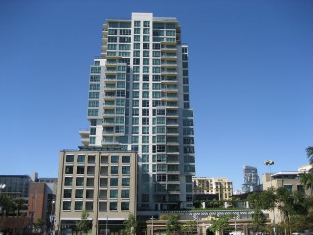 legend-condos-east-village-petco-park-downtown-san-diego-92101-17