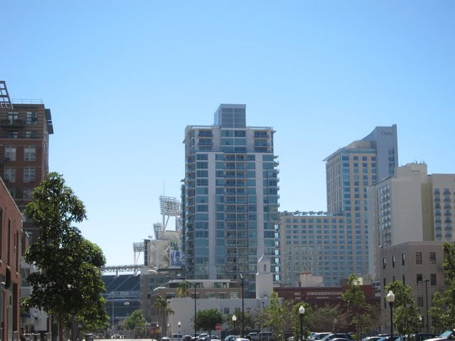legend-condos-east-village-petco-park-downtown-san-diego-92101-31
