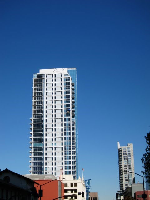 sapphire-tower-condos-downtown-san-diego-92101-1