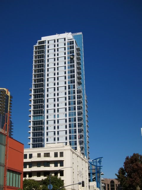sapphire-tower-condos-downtown-san-diego-92101-2