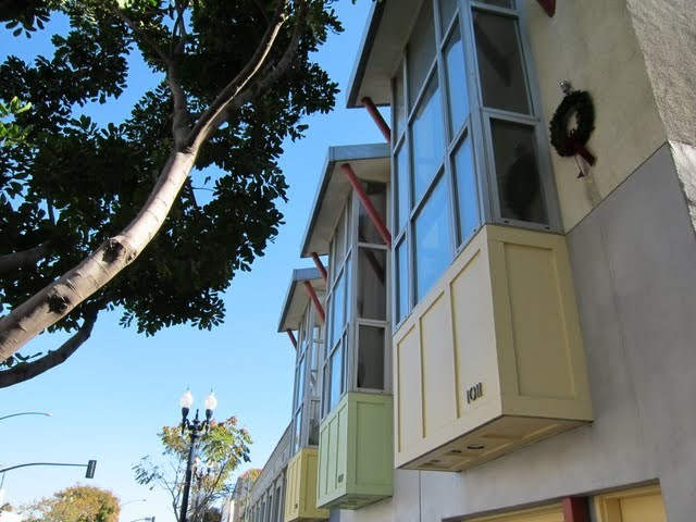three-in-a-row-rowhomes-east-village-downtown-san-diego-92101-4