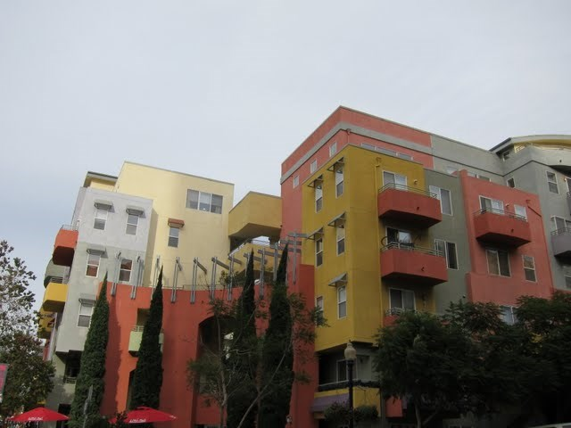 village-walk-condos-downtown-san-diego-92101-18