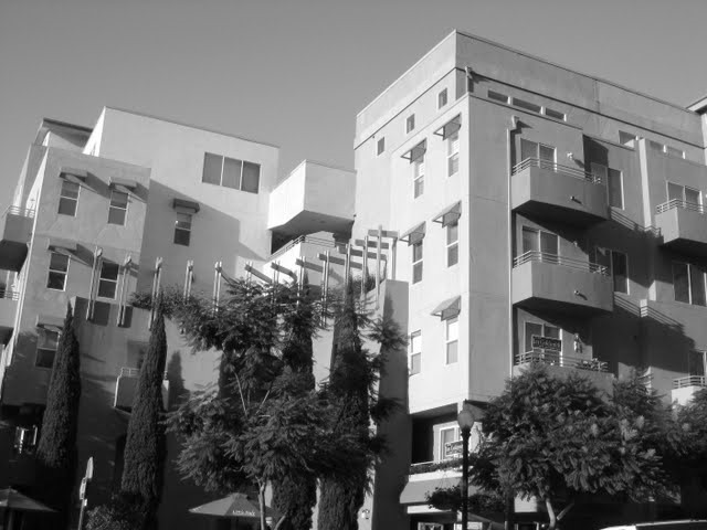 village-walk-condos-downtown-san-diego-92101-8