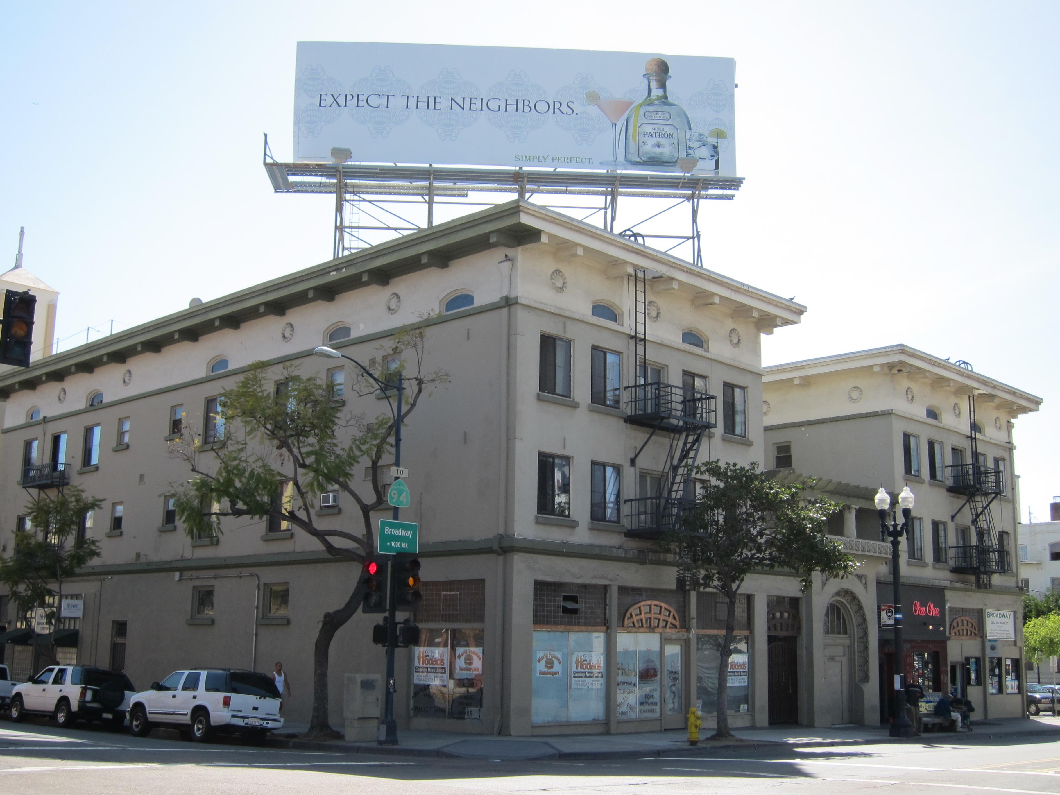 Hodad's downtown San Diego