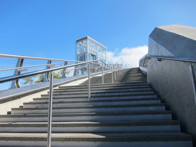 pedestrian-bridge-downtown-san-diego